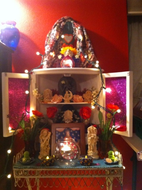 My last new altar before our move...